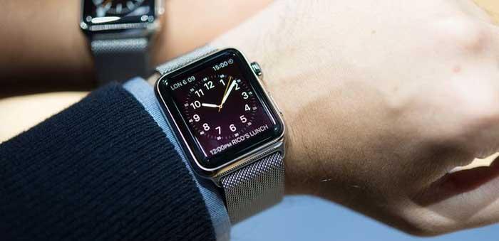 Эксперт: Apple Watch и другие смарт-часы не конкуренты обычным наручным часам