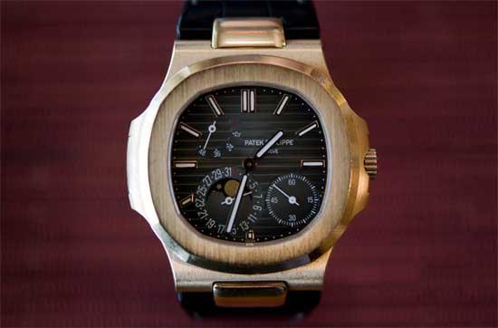 Настоящие рэперские часы - Patek Philippe Nautilus 5172R