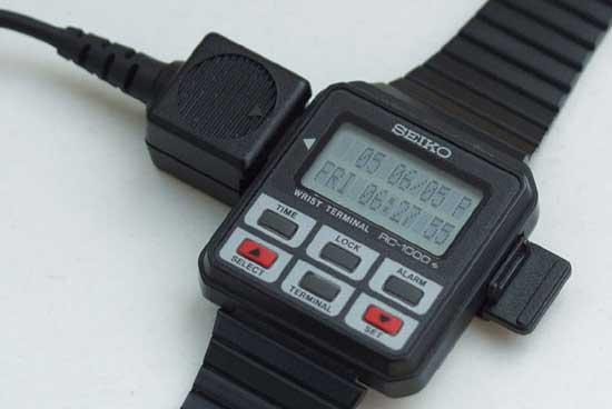 Первые смарт-часы - Seiko RC-1000