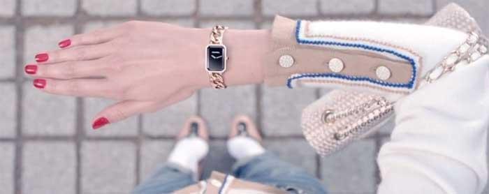 Часы в подарок женщине, которой нравятся часы: забываем о приметах