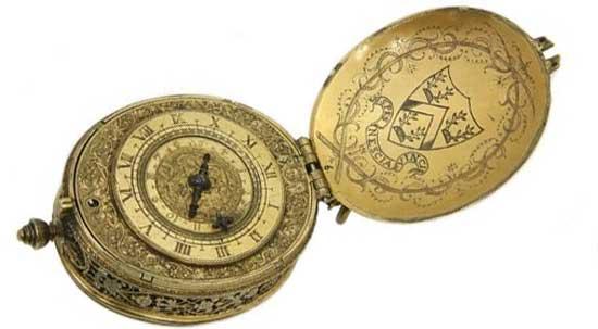 старинные овальные часы