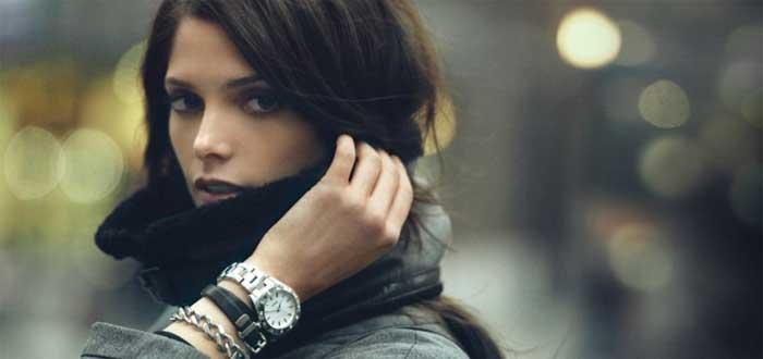 женские часы: на какой руке их можно носить