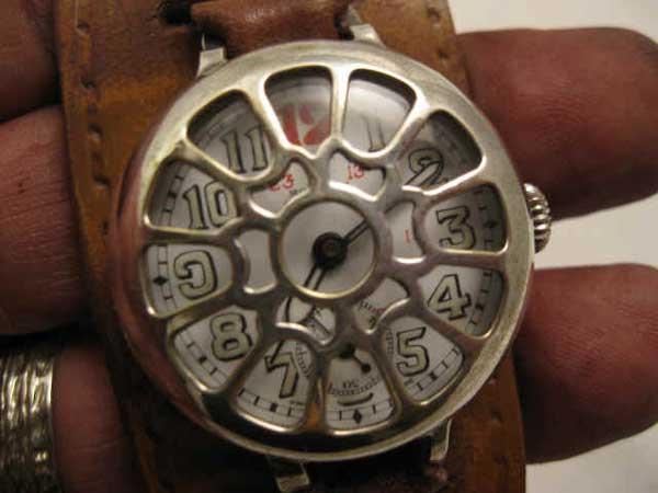 Боевые часы-тренч JAEGER LACOULTRE. Начало 19 в.