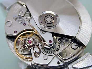 Часовой механизм VALJOUX 7750 в наручных часах - ремонт