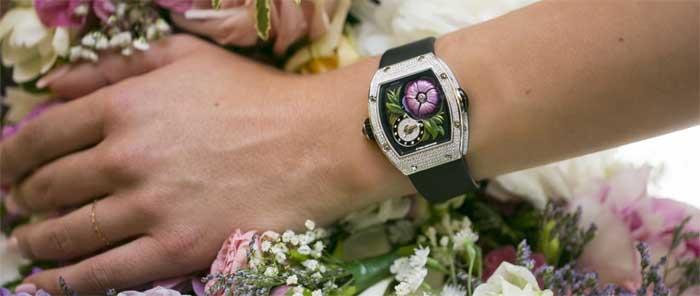 RM 19-02 Tourbillon Fleur: цветущий турбийон [видео]
