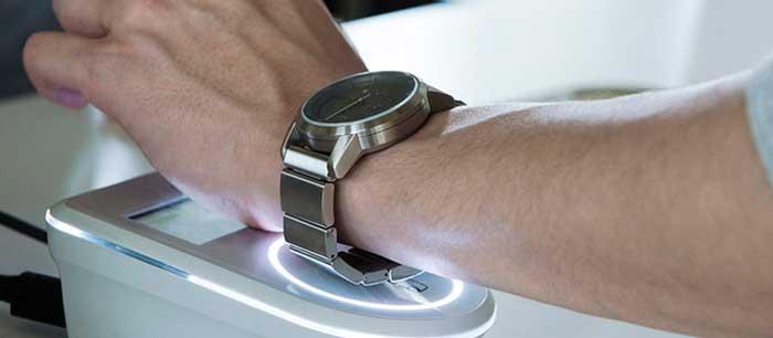 Wena от Sony: наручные часы со смарт-бреслетом [видео]