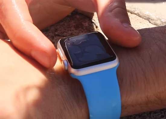 Что делать, когда промокнут водостойкие Apple Watch? [видео]