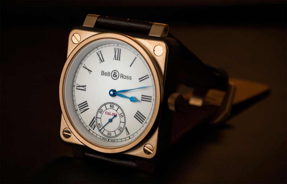 Наручные часы из живых материалов: Bell & Ross BR 01 Instrument de Marine