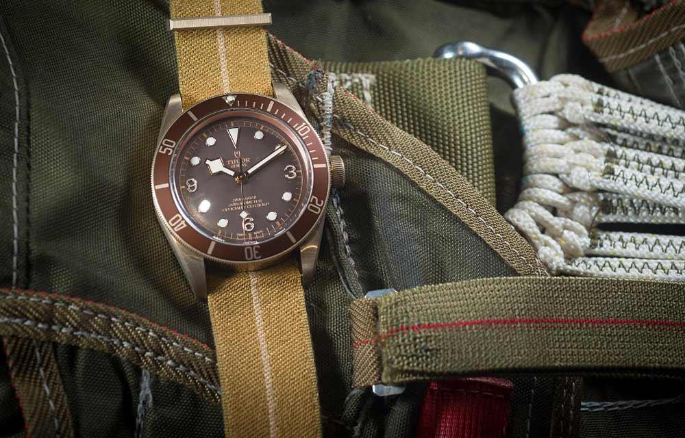 Наручные часы из живых материалов: Tudor Heritage Black Bay Bronze