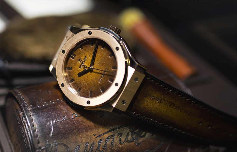 Наручные часы из живых материалов: Hublot Classic Fusion Berluti Scritto