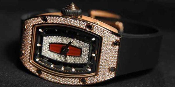 Бриллианты в NTPT-карбоне: о новых женских RM 07-01 и RM 037 от Richard Mille