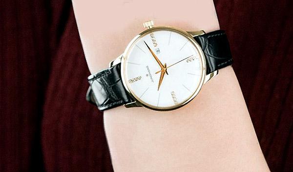 Удалёнка: какие часы будут выглядеть идеально даже в Zoom - Junghans Meister 047