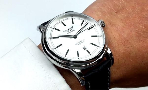 Удалёнка: какие часы будут выглядеть идеально даже в Zoom - Aviator Douglas DC